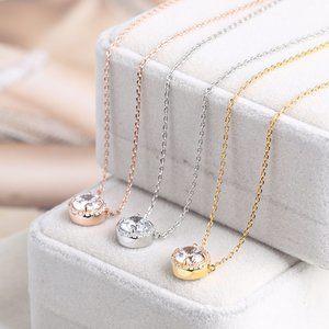 Henri Bendel Single Zircon Shiny Necklace